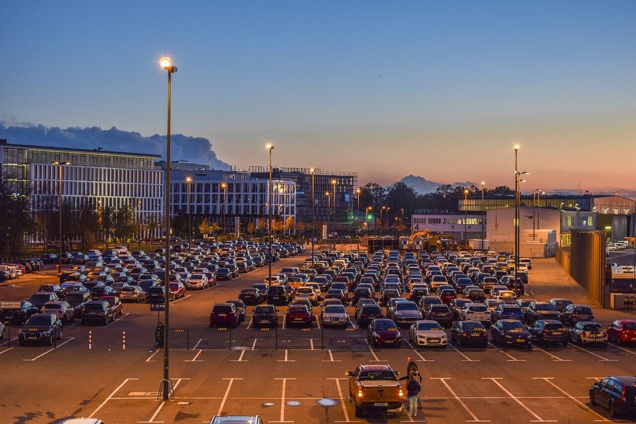 best auckland airport parking nz